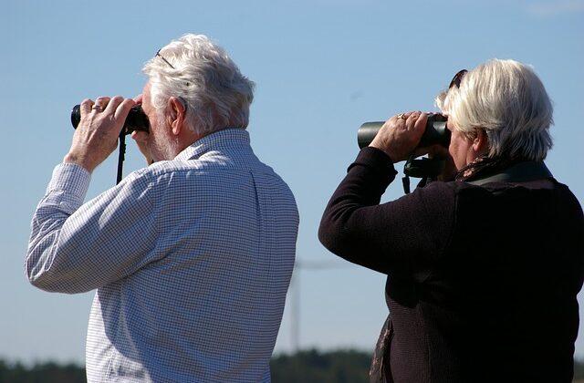 best binoculars for eyeglass wearers